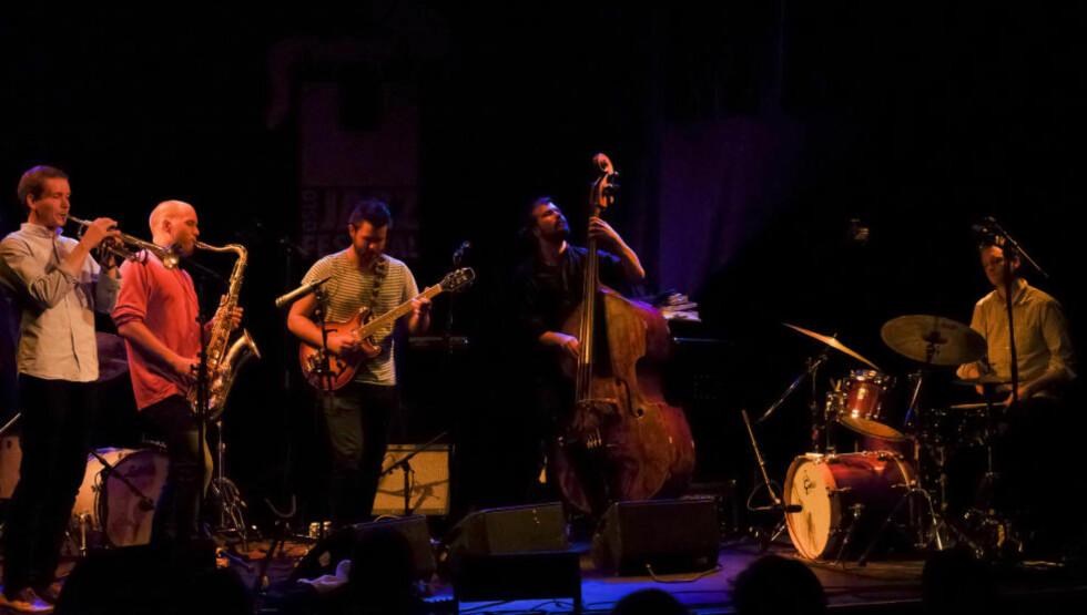 LOVENDE: Mopti er Årets unge jazzmusikere 2012 og viste seg tilliten verdig under Oslo Jazzfestival tirsdag kveld. FOTO: TERJE MOSNES