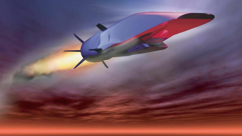 STYRTET: Det amerikanske flyvåpenets test av det ubemannede superflyet «Waverider» endte med styrt etter bare 16 sekunder. Foto: REUTERS/US Air Force/Handout/NTB Scanpix