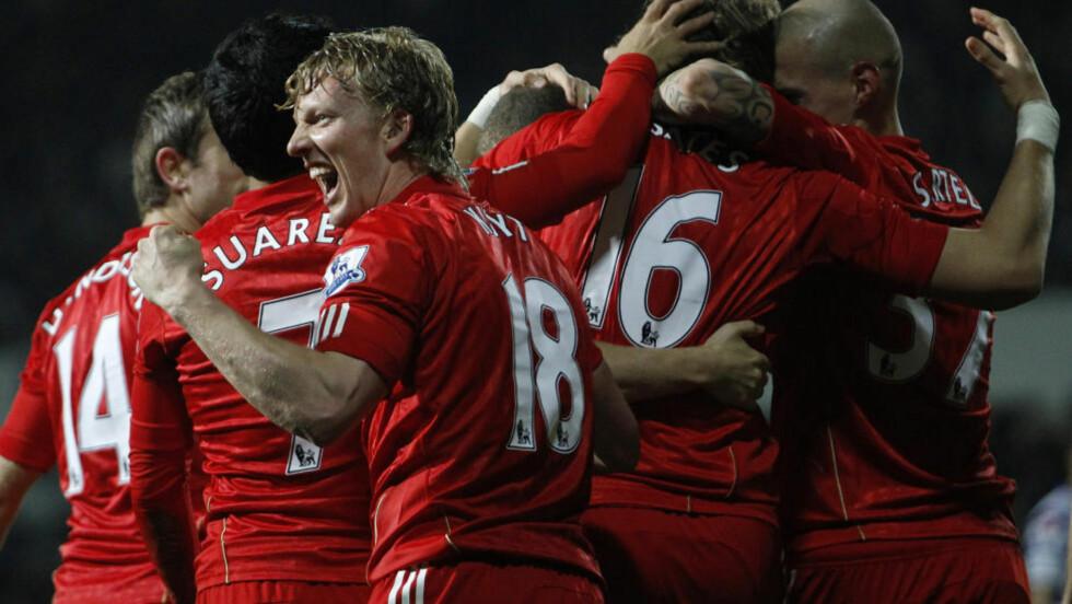 PÅ VEI UT? Dirk Kuyt har vært en trofast og hardtarbeidende spiller for Liverpool i flere år, men alderen og lønnen hans taler mot at han fortsetter enda en sesong.Foto: SCANPIX/REUTERS/Andrew Winning
