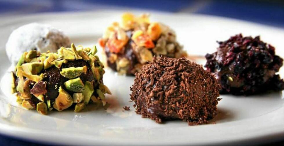 NYTELSE: Lag din egen sjokolade denne påsken. Da kan du blande den med akkurat det du vil. Foto: Erik Hannemann