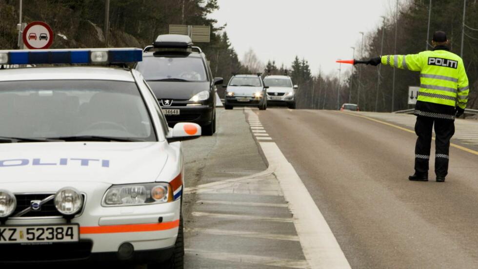 BLE VINKET INN ETTER 33 år:  Bilføreren Stjørdal har lurt politiet siden han fyllekjørte i 1979. Men i dag var det stopp. Påsken Illustrasjonsfoto: Heiko Junge, NTB SCANPIX .