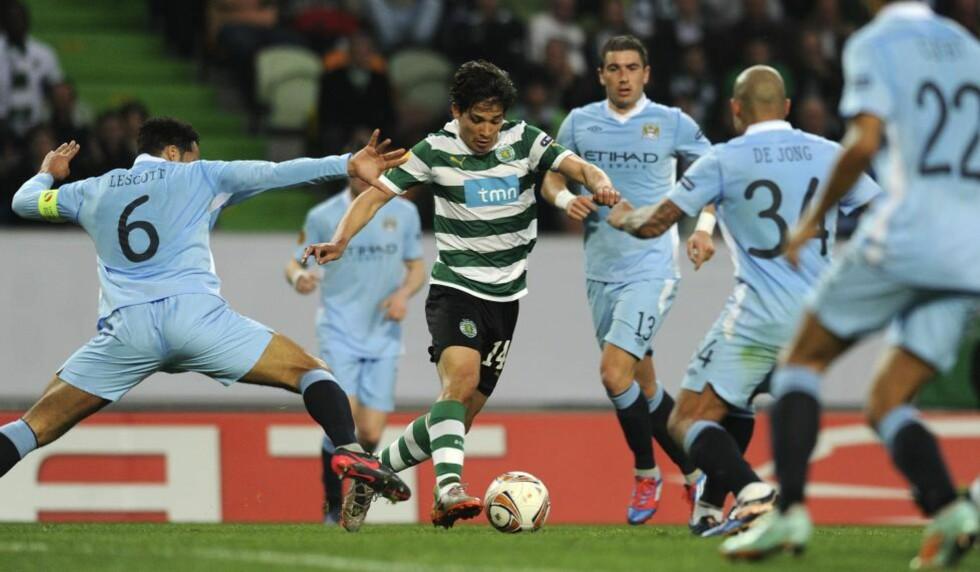 FOR SEINE: City-spillerne kom for seint ut til andre omgang av denne kampen mot Sporting Lisboa 8. mars. Det gir dem en saftig bot fra Uefa. Foto: Francisco Leong, AFP/NTB Scanpix