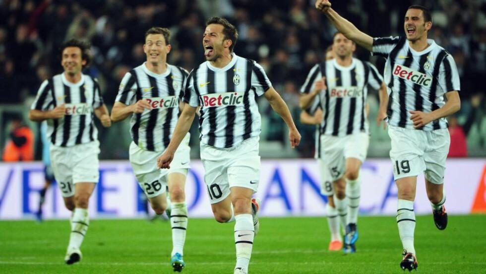DE GAMLE ER AV OG TIL ELDST: 37-åringen Alessandro Del Piero (i midten) feirer vinnermålet for Juventus mot Lazio. Foto: Olivier Morin, AFP/NTB Scanpix