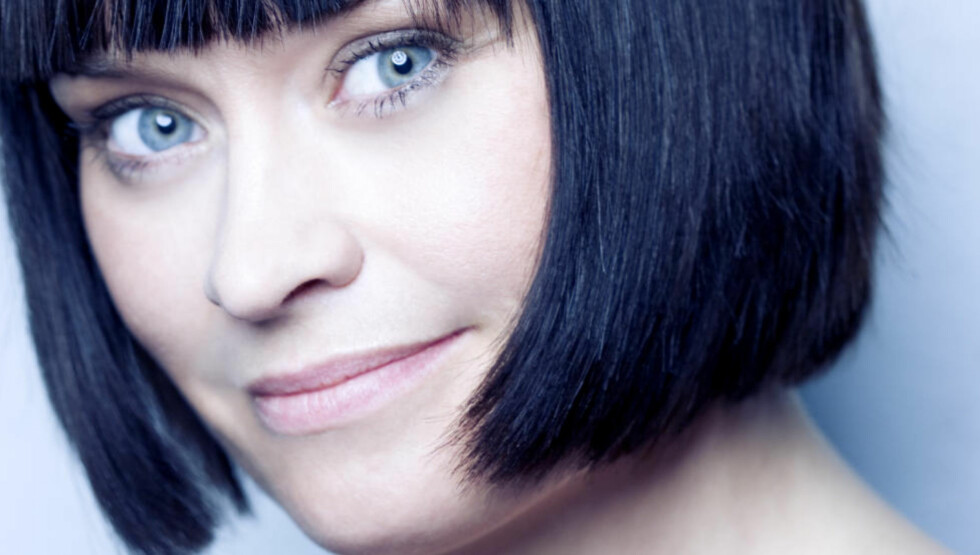 VAMPYRER: Selma Lønning Aarøs nye barnebok drar veksler på de populære vampyrene. I boka representert ved alle barnehagers mareritt: Lusa. Foto: Cappelen Damm