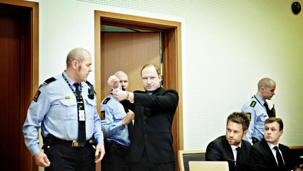 KRITISK: Anders Behring Breivik mener han også bør vurderes av en psykolog. Foto: Nina Hansen / Dagbladet