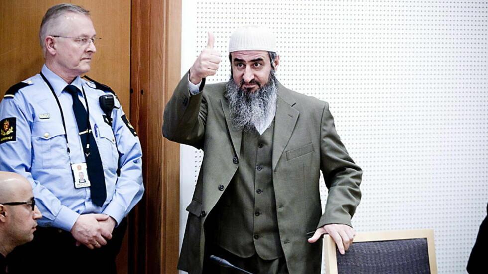 «SHOWMANN»: Mulla Krekar ble dømt til fem års fengsel. Ifølge Breivik lager han bevisst et «show» i retten.  Foto: Bjørn Langsem / Dagbladet.