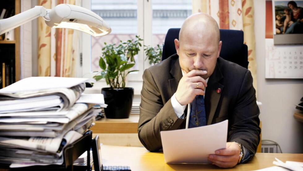 IKKE FÅTT INFORMASJON: Anders Anundsen, Frp, savner mer informasjon om Tschudis møter med UD. Foto: Melisa Fajkovic / Dagbladet