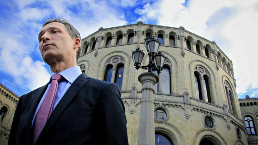 SNAKKER OM BREIVIK:I dagens spørretime snakker Jens Stoltenberg om de første dagene av rettsaken. Foto: Jacques Hvistendahl