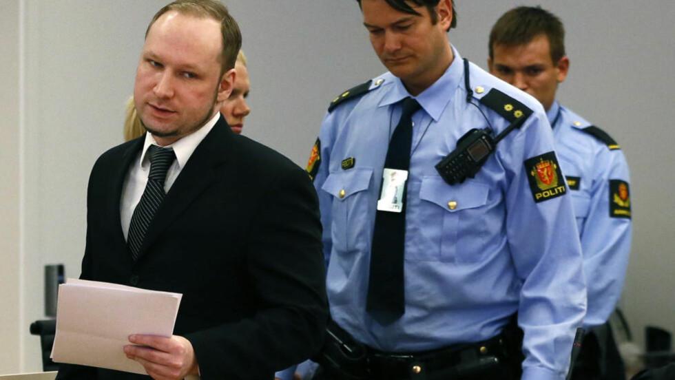 VIL IKKE SVARE: Fakta er bortebane for Anders Behring Breivik, skriver Dagbladets kommentator. Foto: REUTERS/Fabrizio Bensch