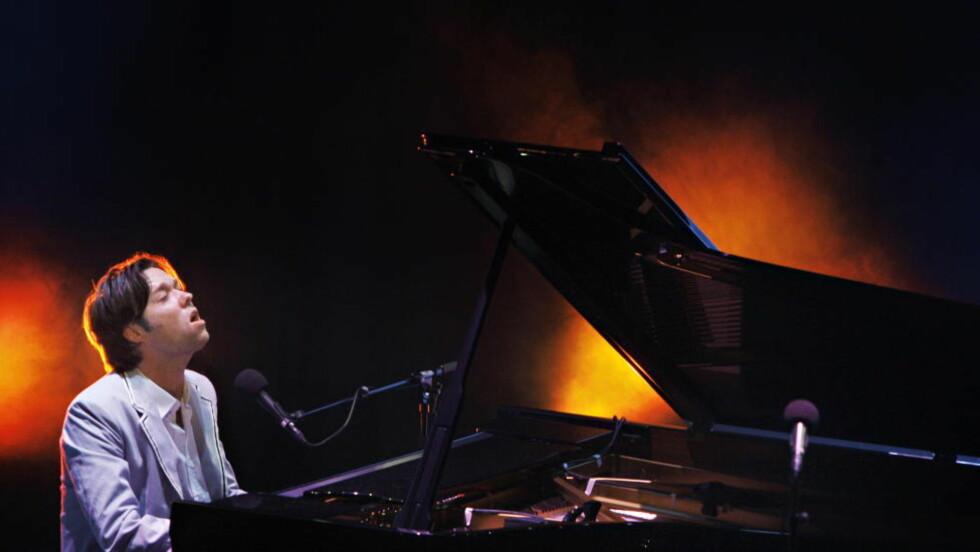 iNYTT ALBUM - OG KONSERT: Rufus Wainwright på Sentrum Scene i Oslo i 2008. I desember kommer han tilbake samme sted. Foto: Frank Karlsen / Dagbladet