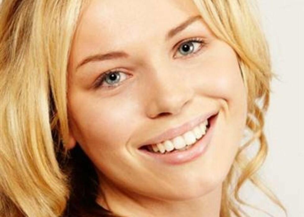 SKJØNNHET: Proposjonene i Florence Colgates ansikt er helt perfekte, i tillegg har hun et helt symmetrisk ansikt. Bildet er tatt uten sminke og Florence har heller ikke tatt operasjoner eller botox. Foto: ITV