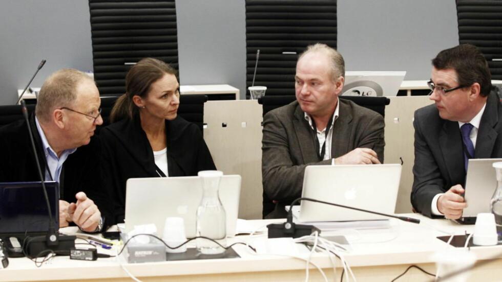 PÅ SAMME BENK: De fire sakkyndige rettspsykiaterne (fv) Torgeir Husby, Synne Sørheim, Terje Tørrissen og Agnar Aspaas. Bildet er fra sal 250 i Oslo tinghus onsdag på tredje dag av rettssaken der Anders Behring Breivik står tiltalt for terrorangrepet i Oslo og på Utøya 22. juli 2011. Foto: Lise Åserud / Scanpix