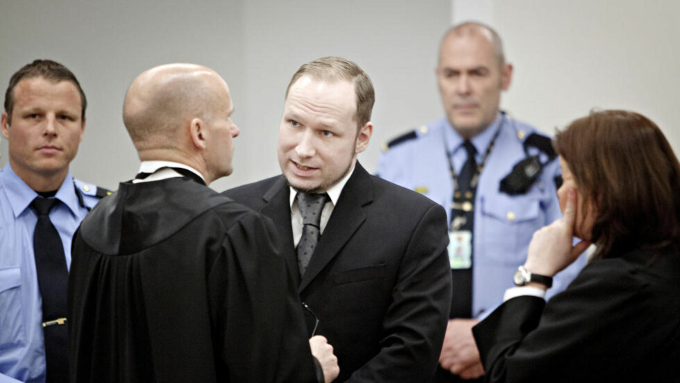 FORKLARER SEG: Anders Behring Breivik fortsetter å fortelle om Utøya. Foto: Torbjørn Grønning / Dagbladet