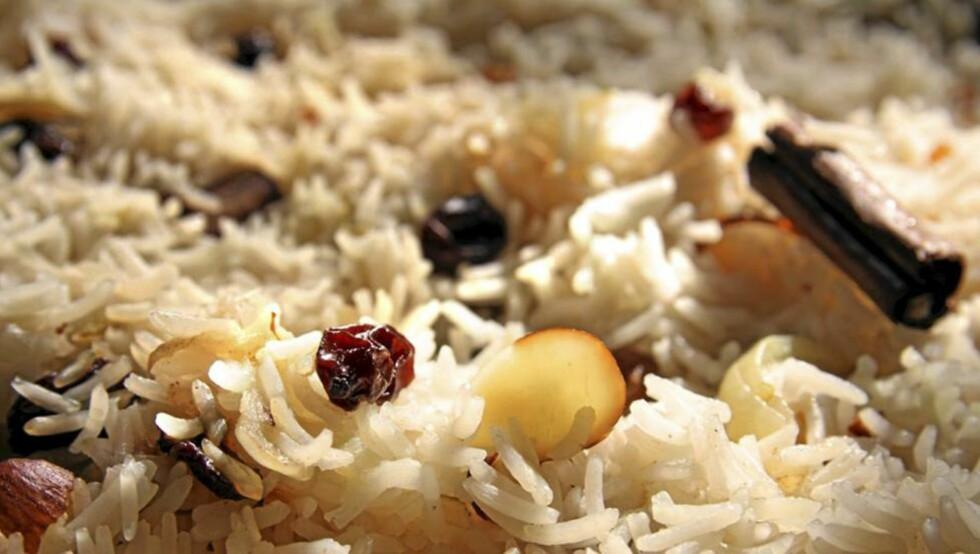 OPPSKRIFT PÅ RIS: Ris kan være dørgende kjedelig. Denne oppskriften gjør noe med det! Foto: Erik Hannemann