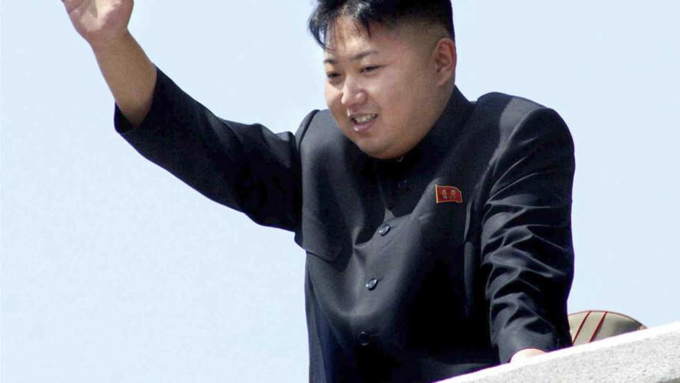 VISER SEG: Ifølge Reuters kommer prøvesprengningen som en følge av at Kim Jong-un ønsker å markere sin makt.  Foto: KCNA/Reuters/NTB Scanpix