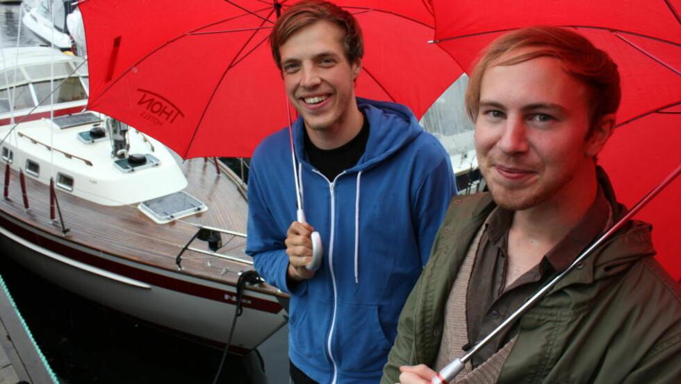 ALBUMDEBUTANTER: Per Arne Ferner (t.v.) fra Oslo og Per Gunnar Juliusson fra Linköping i Sverige etter at de hadde vunnet JazzIntro-finalen i Molde i 2010. Nå er debutalbumet her, og hvilken debut! FOTO: KJELL HERSKEDAL/NTB scanpix