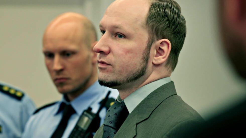 ANGRIPER PSYKIATERNE: Breivik i retten i dag. Foto: Jacques Hvistendahl