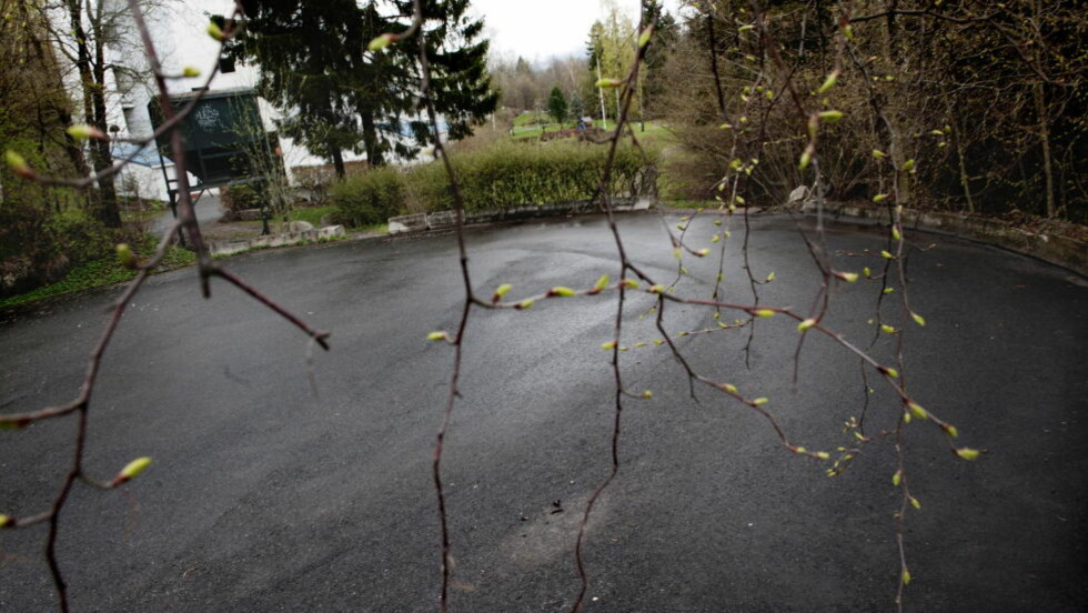 POLSK STATSBORGER: På denne snuplassen i Sondrevegen på Montebellom ble en mann funnet drept i en bil. Foto: Thomas Haugersveen / Dagbladet