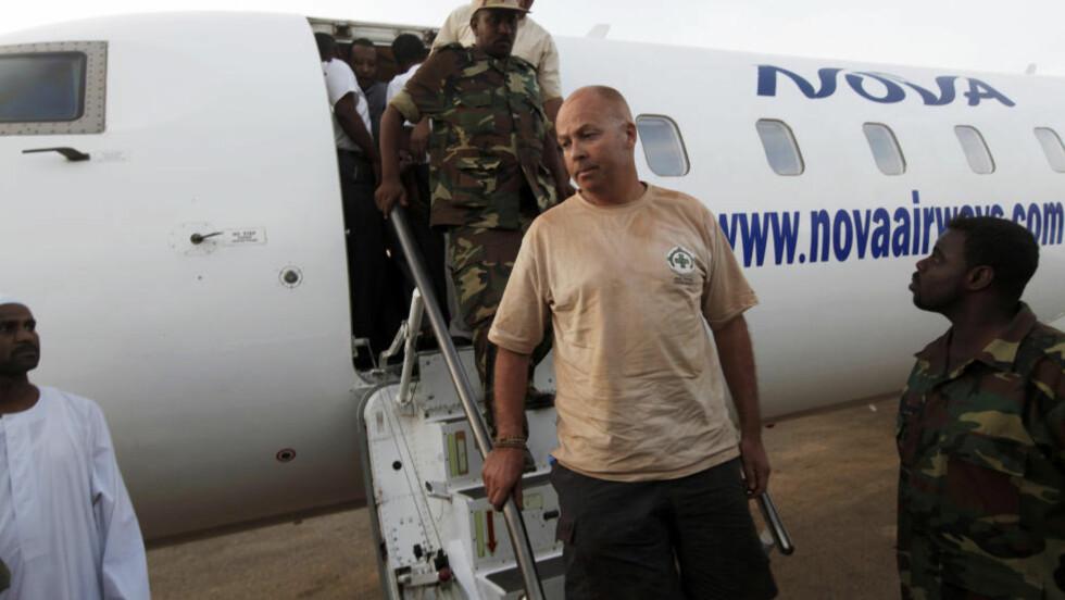 ARRESTERT:  John Sörbö er minerydderen som tidligere i dag ble arrestert i grenseområdene mellom Sudan og Sør-Sudan. Foto: MOHAMED NURELDIN ABDALLAH / NTB scanpix
