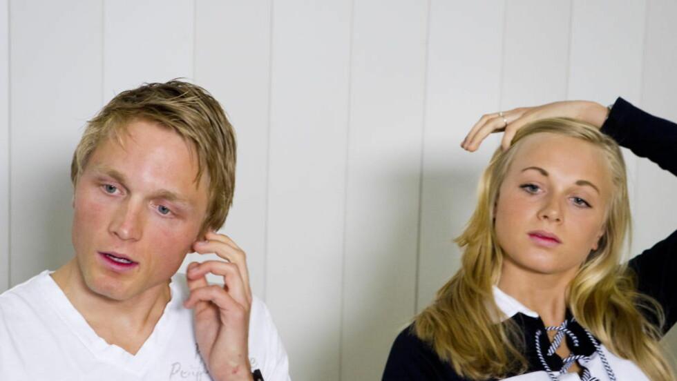 HÅPER PÅ RO: Skøyteløperne og søskenparet Håvard og Hege Bøkko forlater Team CBA og skal være med i Norges Skøyteforbunds lag igjen kommende sesong. Det håper de blir et roligere år med mer snakk om trening og skøytegåing. Foto: Heiko Junge / NTB scanpix