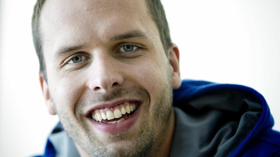 EN VARM VENN: Alexander Dale Oen skjønte forskjellen mellom det  å bare være noe for seg selv og det å bety noe for andre. FOTO: Bjørn Langsem.