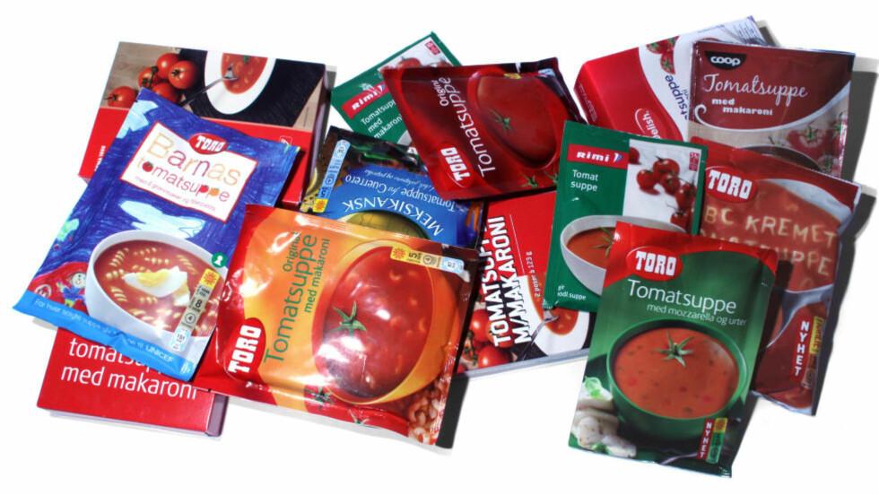 BILLIG, SUNN OG ENKEL MIDDAG: Tomatene i en posesuppe er like sunne som ferske tomater og de du finner i hjemmelaget suppe - det er bare mindre av dem. Velg suppa med høyest innhold av tomater, og se hvordan du kan gjøre den enda sunnere.  Foto: ERIK HELGENESET