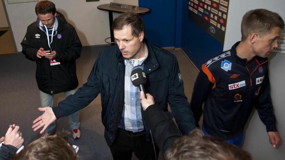 TAR SEG BARE EN PAUSE: Kjetil Rekdal mener at pressen bare bekrefter hans poeng når de skriver at han boikotter mediene. Foto: Svein Ove Ekornesvåg / NTB scanpix