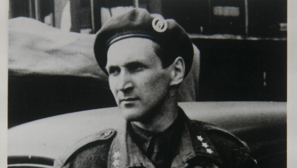 """KRIGSHELTEN:  Gunnar """"Kjakan"""" Sønsteby er død. Historiker Arnfinn Moland minner Norges største krigshelt. Foto: privat"""