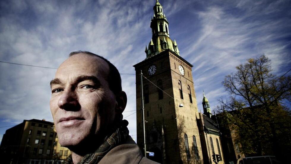 TIL UNGDOMMEN: Thomas Hylland Eriksen har dedikert sin nye bok til en av de 69 som ble skutt og drept på Utøya.  Foto: John T. Pedersen / Dagbladet