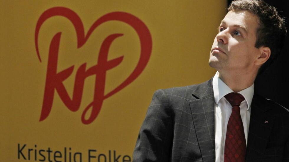 VELGERNE VIL HA HØYRE: Krf sine velgere har så langt i 2012 gått for Høyre som et godt andre alternativ, hvis de skulle stemt på et annet parti. Også de tillitsvalgte i Krf er mest positiv tilHøyre. Det overasker ikke leder i Kristelig Folkeparti, Knut Arild Hareide. Foto: Håkon Mosvold Larsen / Scanpix