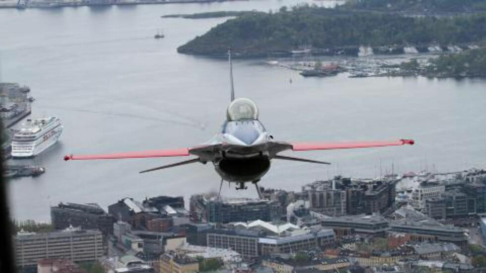 1000 FOT:  På det laveste var flyene rundt 300 meter over bakken. Foto: Jan Severinsen