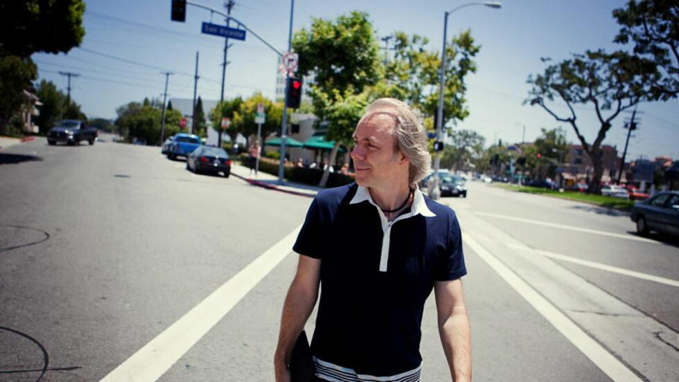 STOR INTERESSE: Internasjonale filmdistributører har trua på den norske regissøren Harald Zwart (44), her fotografert i Los Angeles. Foto:  Wad/Lund