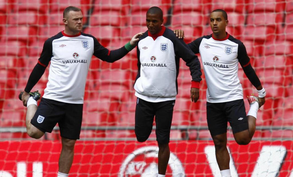 TIL EM: Wayne Rooney, Ashley Young og Theo Walcott ble alle tatt med i Englands EM-tropp. Foto: REUTERS/Eddie Keogh