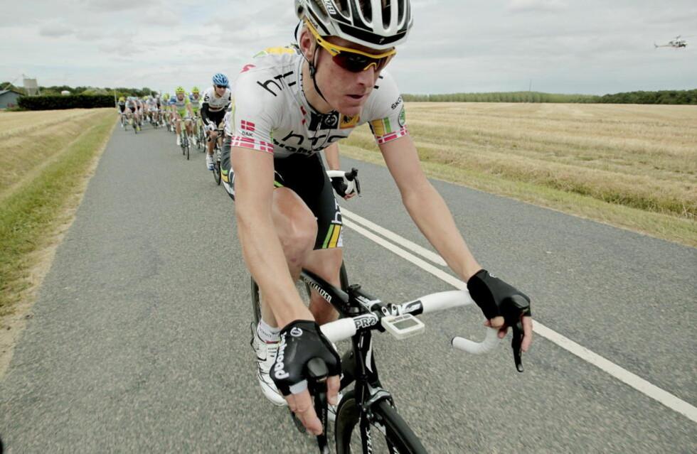DANSK TRIUMF: Lars Bak vant torsdagens etappe i Giro d'Italia med 11 sekunder på Sandy Casar.  Foto: Stian Lysberg Solum / SCANPIX