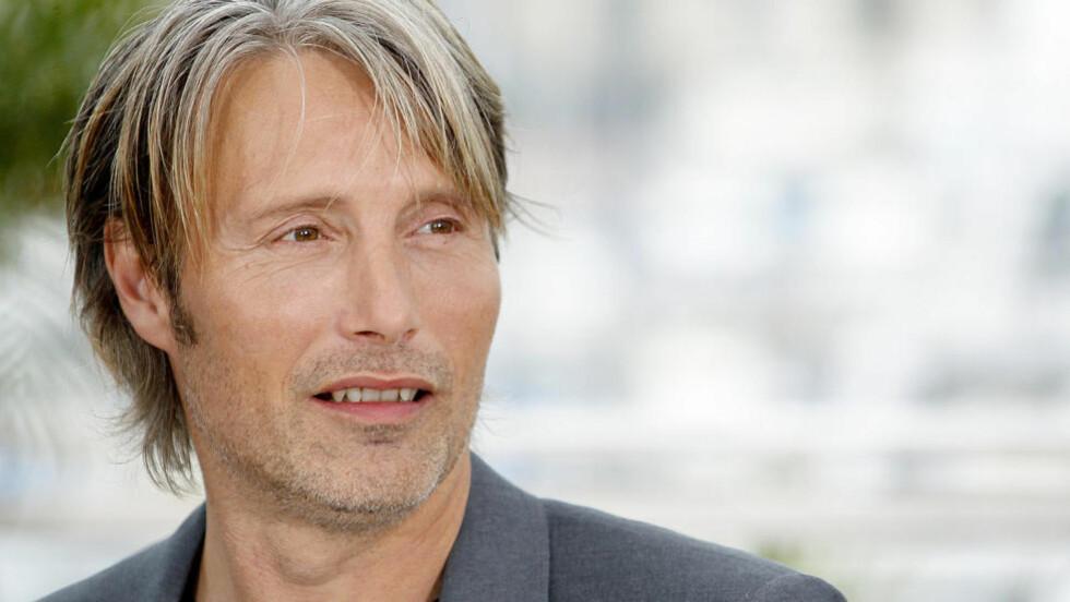 MØTTE DAGBLADET: Mads Mikkelsen har hovedrollen i Thomas Vinterbergs «Jakten», som konkurrerer i hovedkonkurransen i Cannes. Foto: Stella Pictures