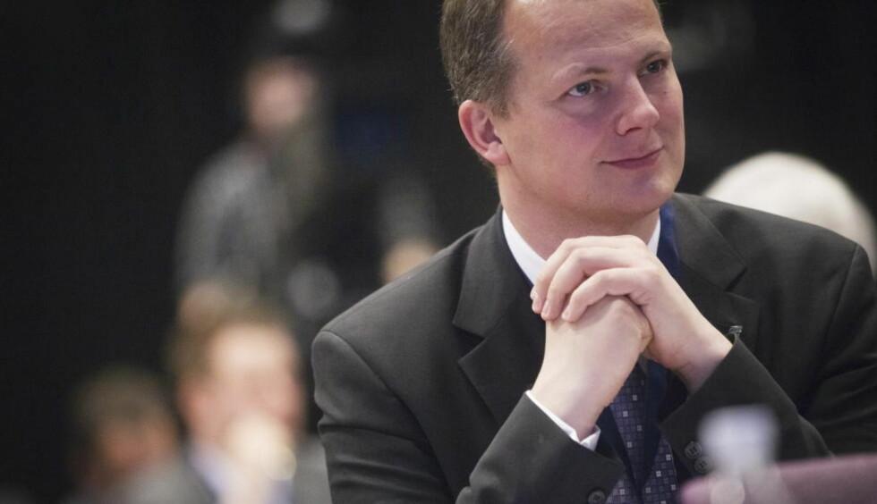 VURDERER Å GI SEG:  Miljøpolitisk talsmann i Frp, Ketil Solvik Olsen, vurderer å gi seg på Stortinget. Foto: Kyrre Lien/ NTB