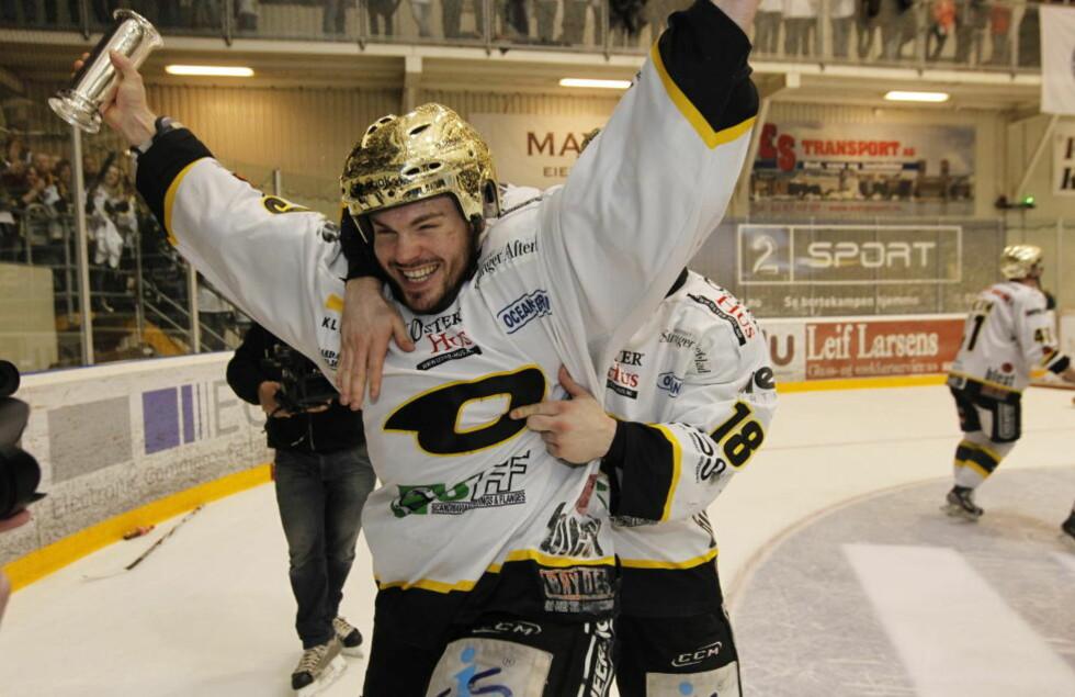 NY TV-AVTALE: Også i de tre neste årene blir norsk hockey å finne på TV 2s kanaler. Foto: Terje Bendiksby / Scanpix