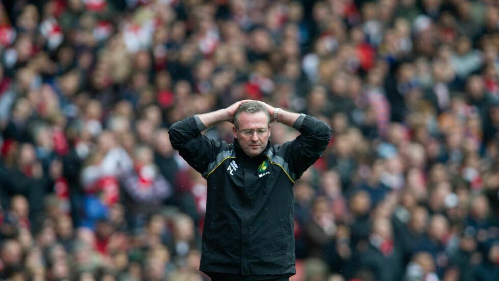 PÅ VEI TIL BIRMINGHAM: Norwich City er i ferd med å miste manager Paul Lambert, som har sagt opp stillingen sin. Foto: SCANPIX/AP/Bogdan Maran