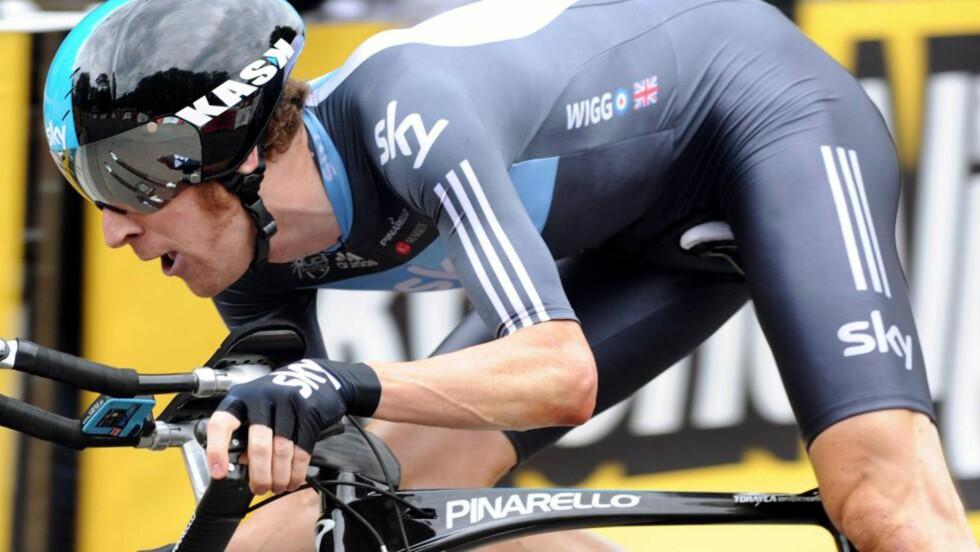 STERK: Britiske Bradley Wiggins startet sist i prologen, og tråkket på imponerende vis til annenplass. Foto: SCANPIX/AFP/PASCAL PAVANI