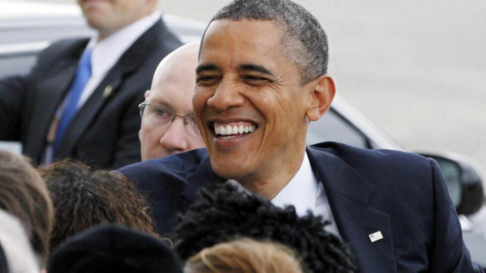 LOVFORSLAG: President Barack Obama oppfordrer de folkevalgte til å stemme for lovforslaget om lik lønn for kvinner og menn. Her er han på JFK flyplass i New York på mandag. Foto: AP Photo/David Karp/NTBScanpix