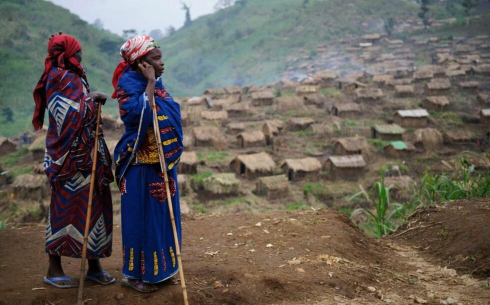 PÅ FLUKT: Nye kamper har igjen drevet mennesker på flukt øst i Den Demokratiske Republikken Kongo. Foto: AFP / ScanpixNTB