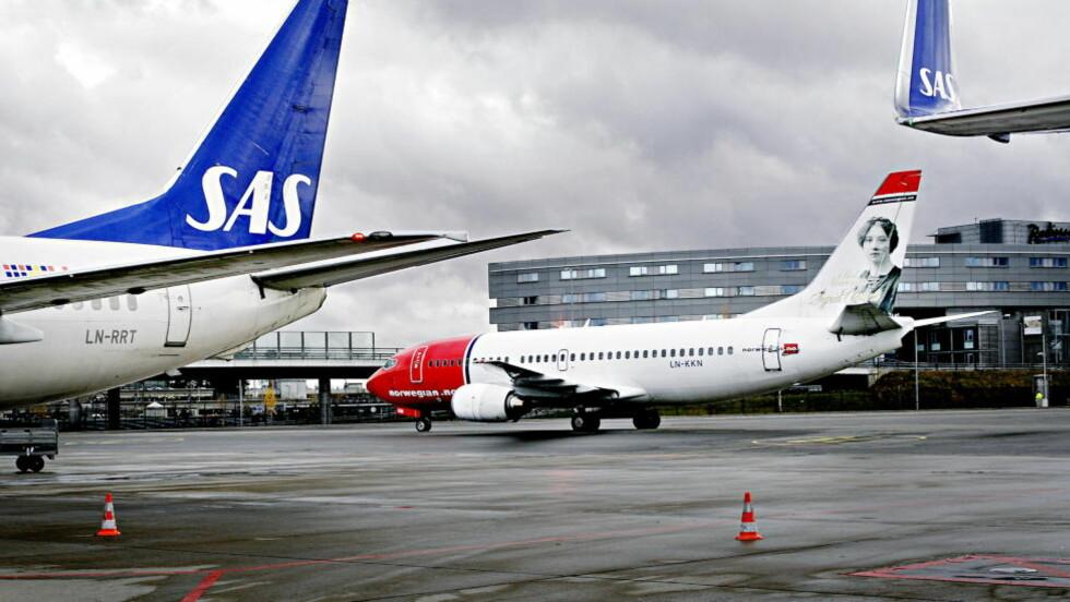 TAPER: Flyselskapene SAS og Norwegian taper inntekter på grunn av vektrestreiken, og vurderer nå å permittere ansatte, melder Aftenposten. Foto: Mette Møller / Dagbladet