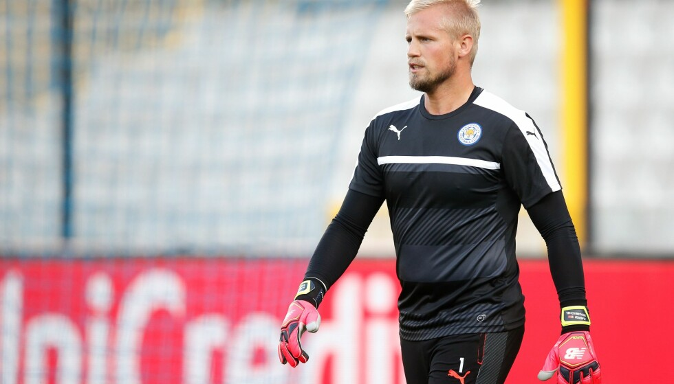 SKADETRØBBEL: Det er usikkert om Leicesters danske sisteskanse Kasper Schmeichel spiller mot United på lørdag. Foto: AFP / Belga / BRUNO FAHY / NTB Scanpix