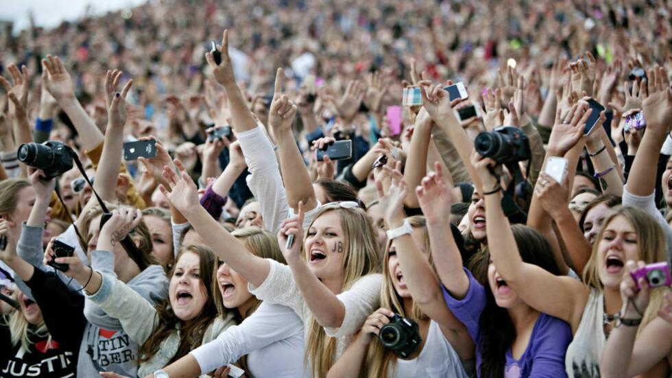 MASSIVT: Jenter er ikke mer «hysteriske» enn gutter, de bare tar det ut på forskjellige områder, skriver Sigmund Karterud.  Foto: Torbjørn Grønning / Dagbladet