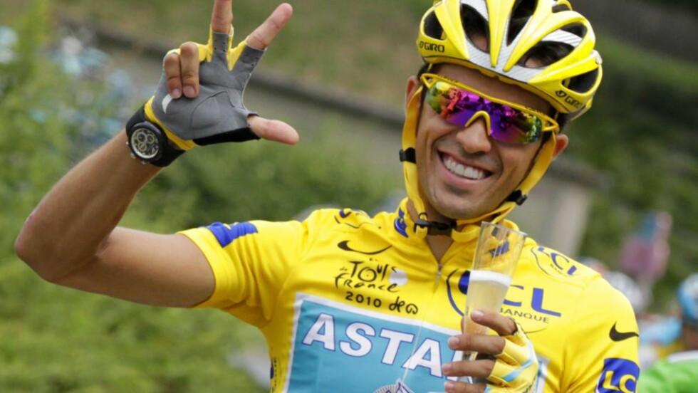 NY KONTRAKT: Alberto Contador håper på sykkeljubel med danske Saxo Bank de neste åra. Foto: AFP PHOTO/JOEL SAGET