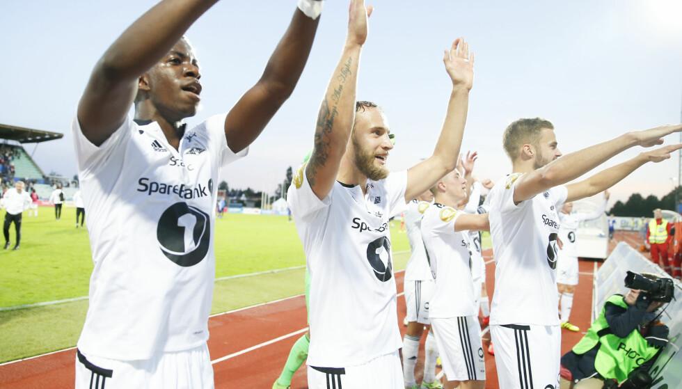 GULLBONUS: Dersom Rosenborg tar poeng mot Molde lørdag, blir laget seriemestere. Da kan Kåre Ingebrigtsen og hans mannskap også vente seg en solid gullbonus. Foto: Terje Pedersen / NTB scanpix