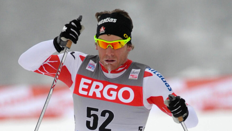 STERKEST I SPURTEN: Kanadiske Devon Kershaw var raskest på oppløpet og vant 15-kilometeren i Rybinsk.Foto: SCANPIX/AP/Timur Nisametdinov