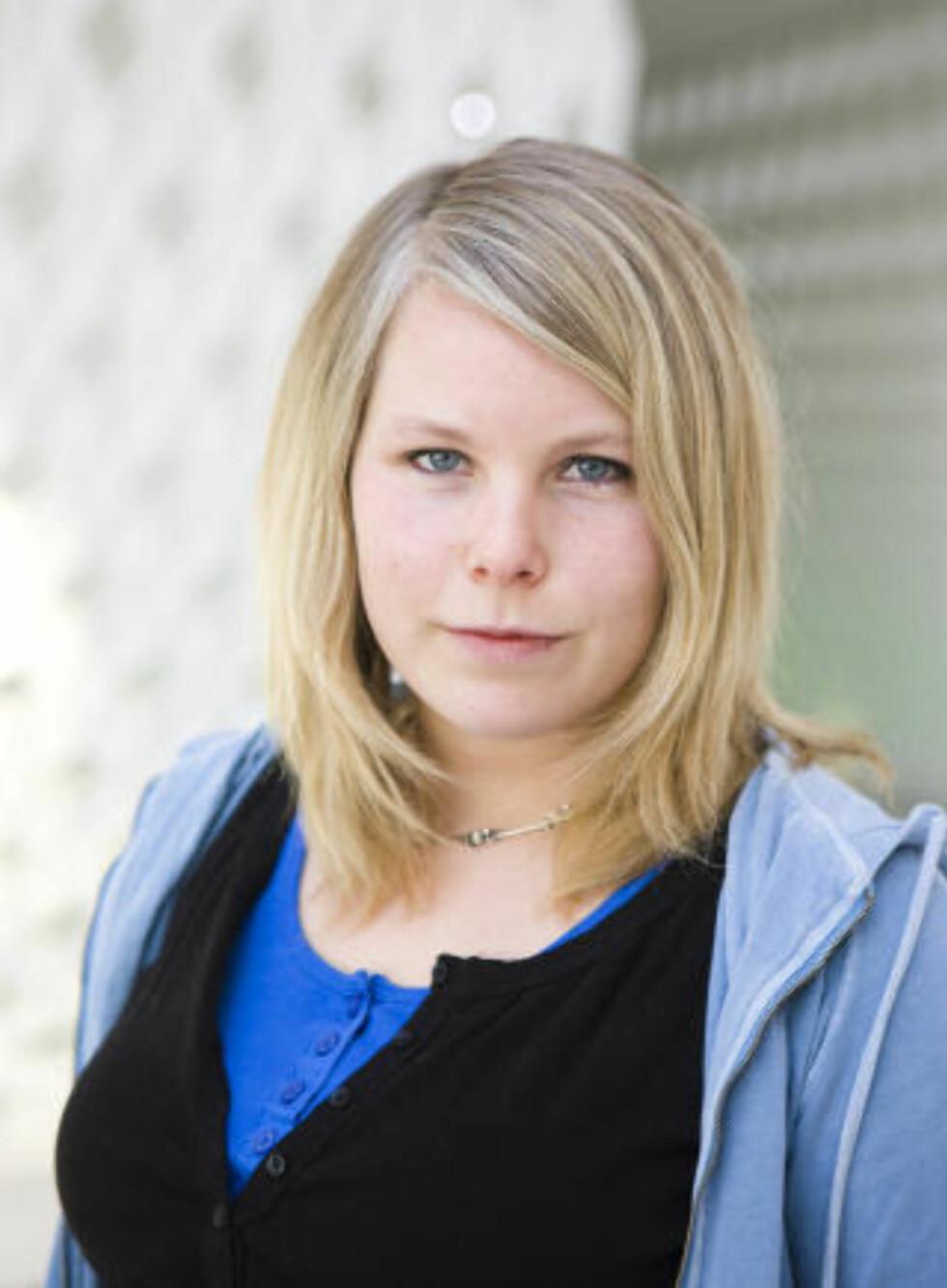 Mottaker: Statssekretær Kirsti Bergstø (SV) fikk eposter fra Jenteforsvaret.   Foto: Berit Roald / Scanpix