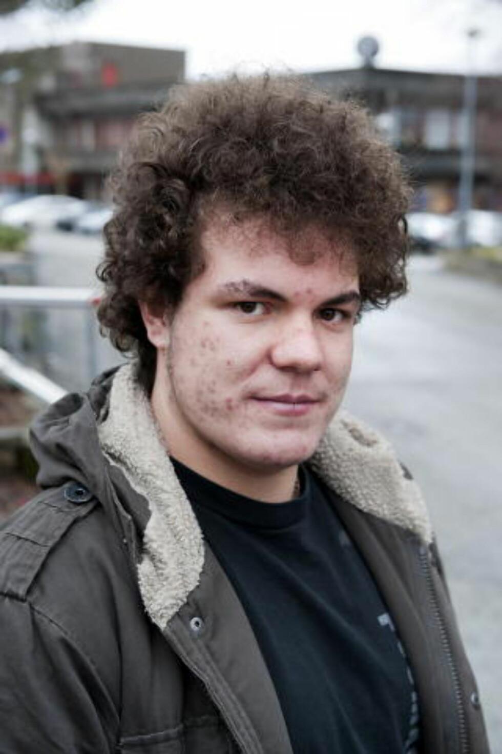 VENN AV SIKTEDE: Ronny Svendsen (19) er venn av den drapssiktede 18-åringen. Foto: Tor Erik H. Mathiesen