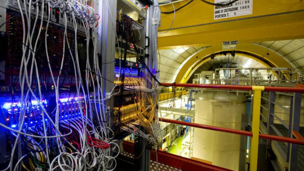 SENSASJON ELLER FEIL? Opera-eksperimentet ved Gran Sasso-laboratoriet i Italia skapte overskrifter i september i fjor, da de hevdet å ha målt akselerert partikler opp i en hastighet høyere en lysets. Foto: Reuters/INFN/Scanpix
